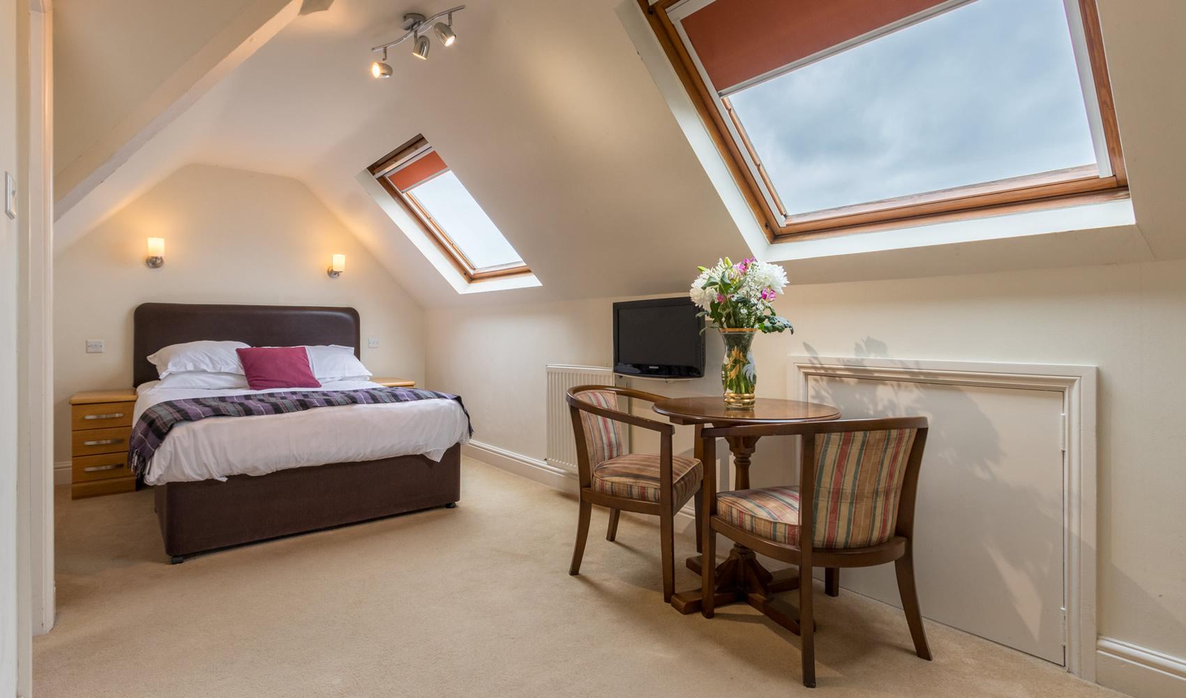 standard-double-room18